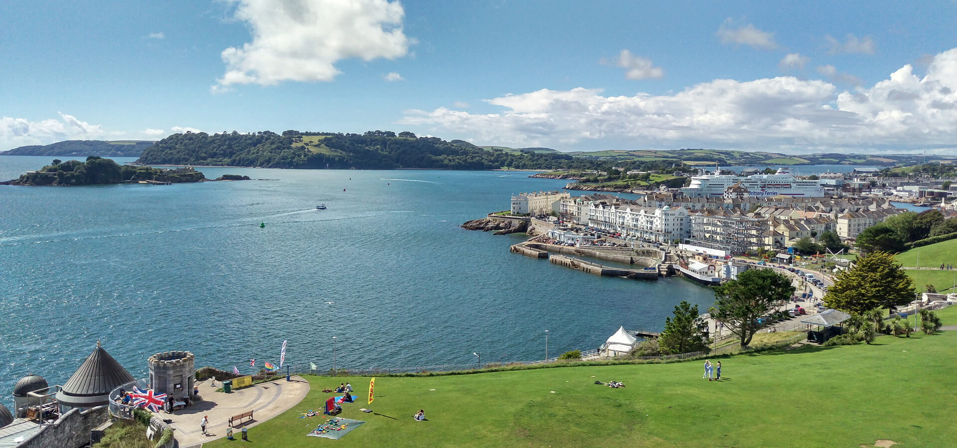 Plymouth-Hoe-Waterfront-uk-2015.jpg